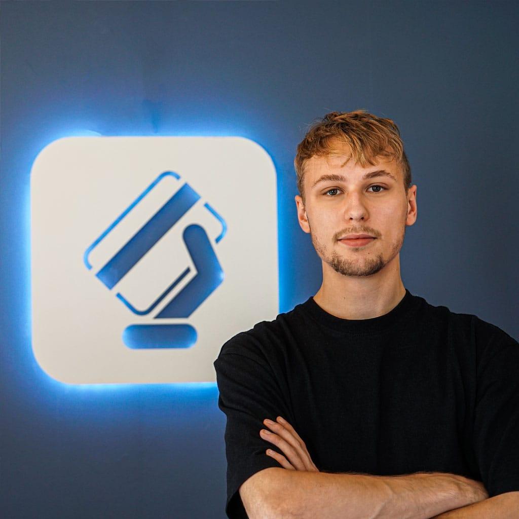 Daniel Logchies - Co-Founder - CardMapr